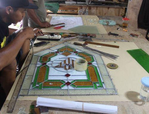Proses Pembuatan Kaca Patri Khas Jogja