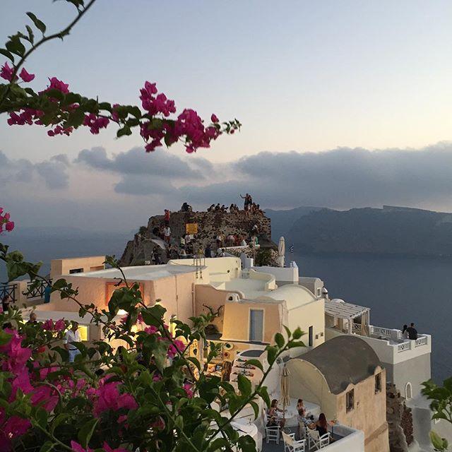 These lovely days... #AndronisExclusive #Santorini Photo credits: @larosamaria0