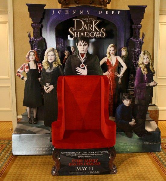 Dark-Shadows-movie-theater-standee