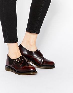 Zapatos planos Monk en color rojo cereza Kensington Lorne de Dr Martens