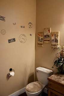 Travel themed bathroom. Maybe not exactly like this, but I like the idea.