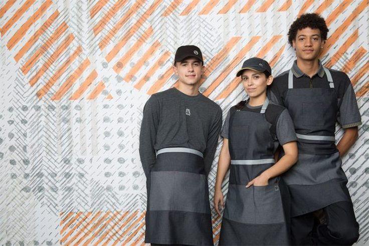 Novo uniforme do McDonald americano vira piada nas redes sociais #Brasil, #Camiseta, #Comunicado, #Guerra, #Hoje, #JogosVorazes, #M, #Mundo, #Noticias, #Novo, #Opinião, #QUem http://popzone.tv/2017/04/novo-uniforme-do-mcdonald-americano-vira-piada-nas-redes-sociais.html