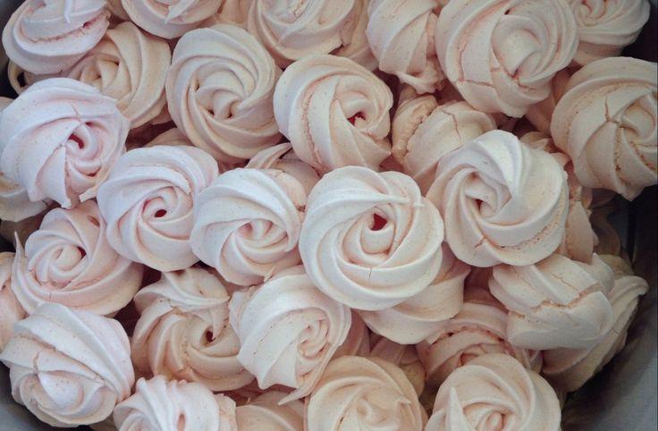 Rosenkys - kyskager i roseform. Perfekte til den lille lækkersult.