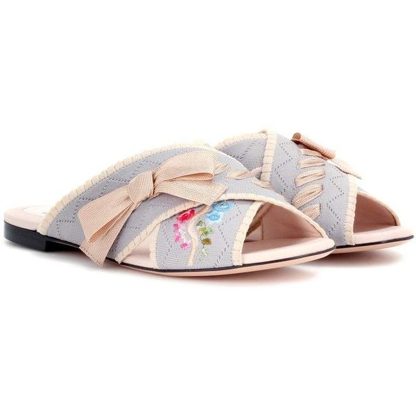 Fendi Jersey Slip-on Sandals (3,105 CNY) ❤ liked on Polyvore featuring shoes, sandals, flat, multicoloured, multi colored sandals, multi coloured sandals, multicolor shoes, multi coloured shoes and slip on sandals