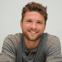Ryan Phillippe Net Worth, Earnings, property, career, personal life, relationship