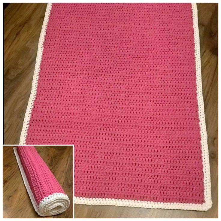 Prostokątny 80x150 w kolorze fuksji z białą ramką  Wszystko na szydełku     #ręcznarobota #crochet #knitting #sznurekbawelniany #cottoncord #impresje #4kids #mysweethome #decorating #white #dywan #design #mojewnetrze #cottonballs #crocheting #diy #rękodzieło #handmade #sznurek #bawelniany #rug #szydelko #cottoncord #decor #floor #crochetfashion #pink #biala #dywan #mysweethome #decorating #4home #scandi