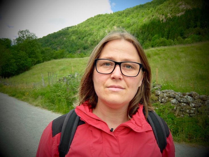 –Livet blir ikkje betre av å ha eit barn med autisme, det blir annleis Forfattar Olaug Nilssen (38) er mor til ein ni år gammal gut med autisme.