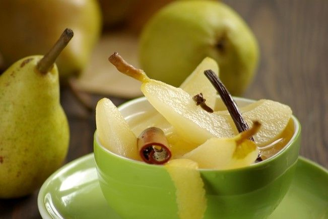 Pears in Spiced White Wine