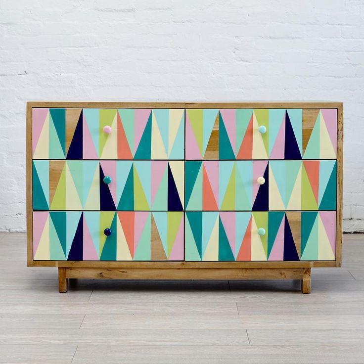 thefamilylovetree.com.au (geometric dresser)