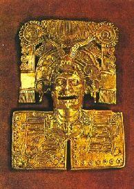 Pectoral de oro con inscripciones de fechas calendáricas