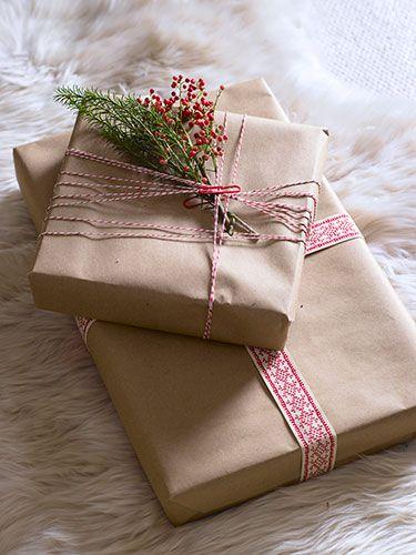 Papier cadeau en kraft avec ruban et fil  bicolor