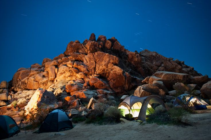 camping in Joshua Tree: Trees National, Joshua Trees, Trees Rocks, National Parks, Places To Go, Tops Camps, Amazing Camps, 20 Places, Trees Camps
