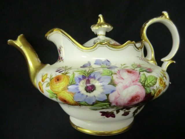 victorian teapots | Beautifully decorated Victorian teapot