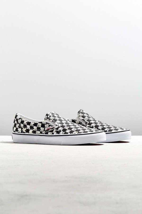8df3ede565 Slide View  1  Vans X Peanuts Classic Slip-On Snoopy Checkerboard Sneaker