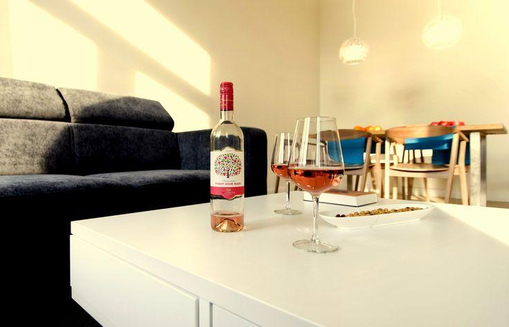 'Feeling good' ambiance in the livingroom www.bellhostel.com