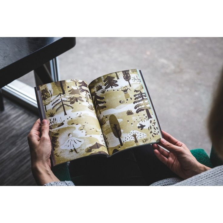 egres-magazin-3-cislo-farby.jpg (800×800)