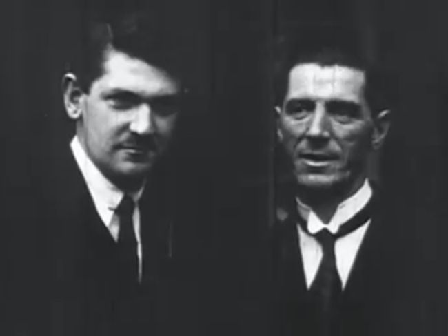 "Rare video of Michael Collins on the day he ""signed his own death warrant""   http://www.irishcentral.com/roots/history/Rare-video-of-Michael-Collins-on-the-day-he-signed-his-own-death-warrant.html"