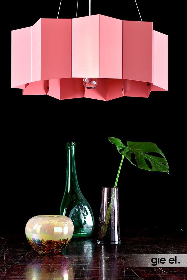 GIE-EL HOME Extraordinary pendant lamp.