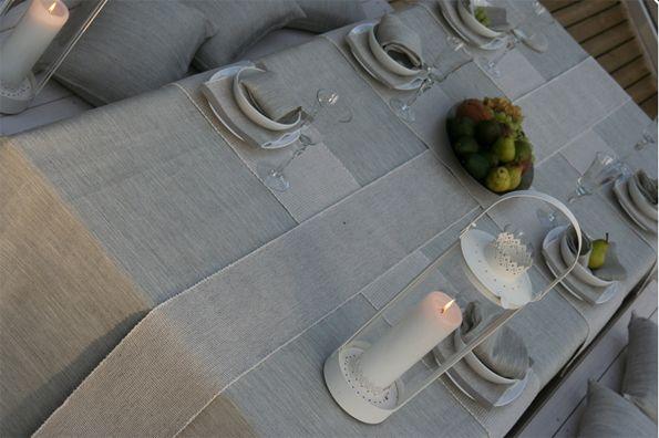You can use several runnes at the same table setting. Samassa kattauksessa voi käyttää useita kateliinoja. By Pisa Design.
