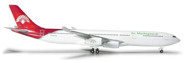 1/500 Herpa Air Madagascar Airbus A340-300