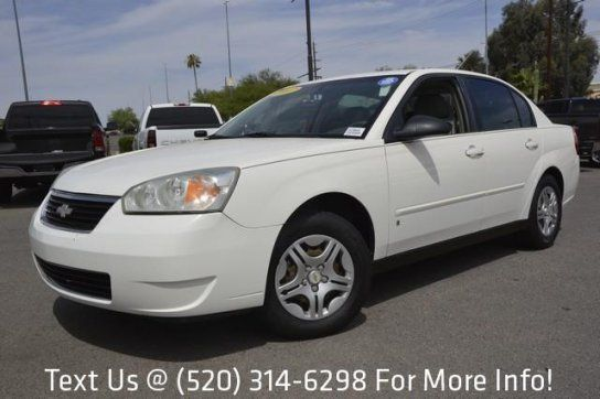 Sedan, 2007 Chevrolet Malibu LS with 4 Door in Tucson, AZ (85711)