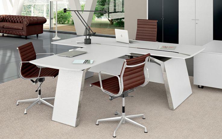 Collection METAR avec espace de réunion intégré finition chêne blanc laqué et chromé
