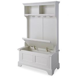 The storage bench makes this terrific for a small space.  Perfect for an apartment or summer cottage.