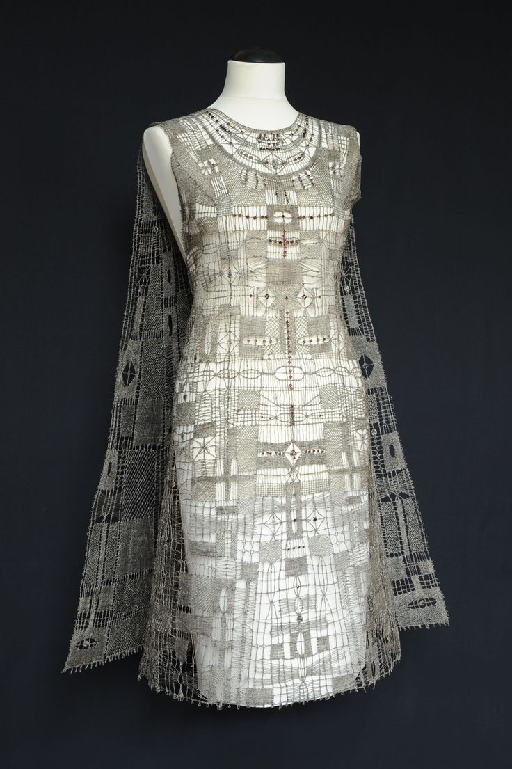 Vamberk lace museum - bobbin lace dress for Expo 58
