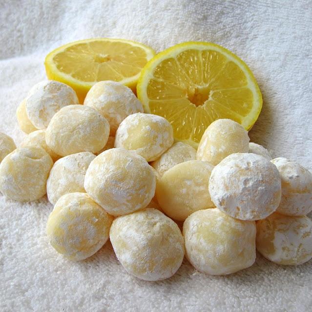 Truffes de chocolat blanc au citron