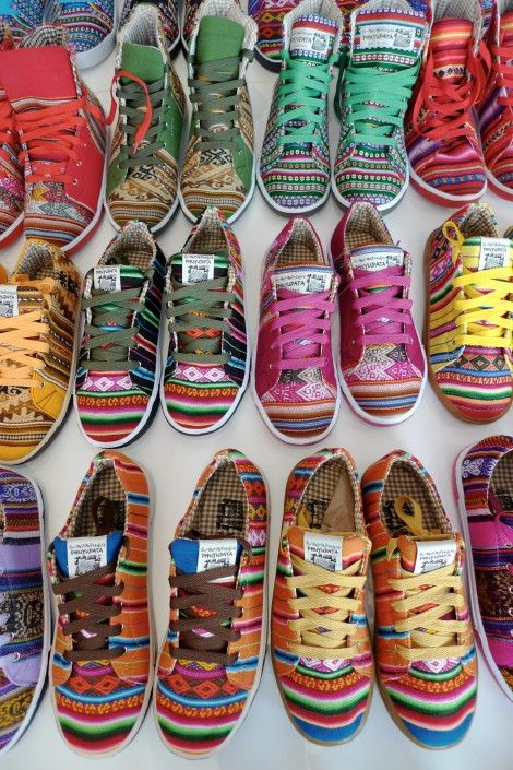 Shoes!: In Love, Fashion, Peru Style, Phuyupata Shoes, Color Shoes, Things, Colorful Shoes, Sneakers, Kicks
