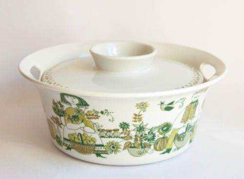 Figgjo-Scandinavian-Vintage-Turi-Market-Pattern-Lidded-Casserole-Tureen 75 au dollars