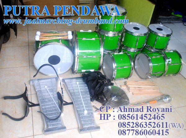 Kami  merupakan Distributor dan Pengrajin Alat Drum Band menjual dan menerima pesanan peralatan Drum Band, Marching Band dan  Kostum  Seragam Drum Band / Marching Band untuk tingkat TK, SD, SMP/SMA da Umum.   http://www.jualmarching-drumband.com/2013/07/paket-drum-band-tk-kw-standar-16-alat.html