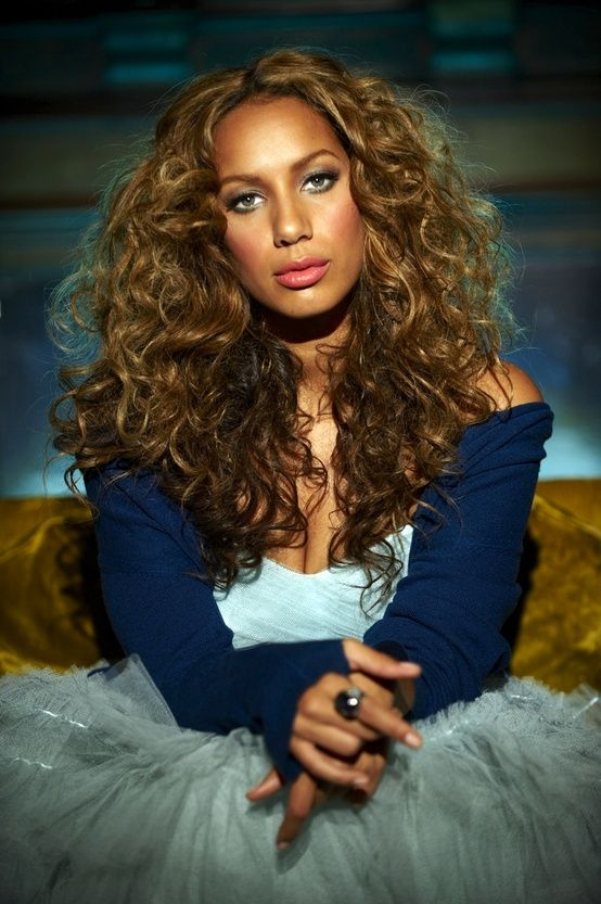 leona lewis curly hair - photo #24