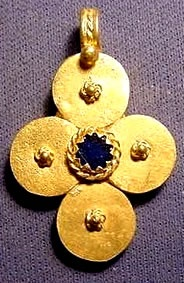 # 32 gold -plated silver cross stone set with lapis ? - Byzantine Gold Cross