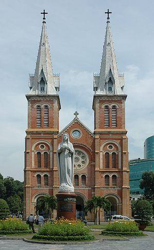 Saigon Notre Dame - Nhà thờ Đức Bà Sài Gòn