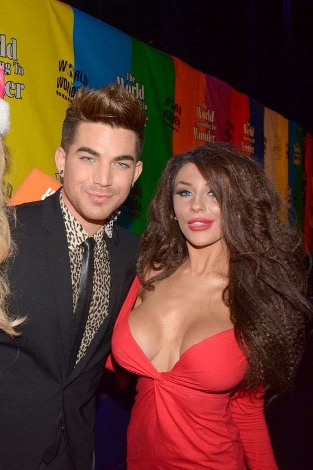 Adam Lambert met Courtney Stodden. | 16 Things Celebrities Did This Week  ADAM LAMBERT LOOKS MMMM!!! LOL