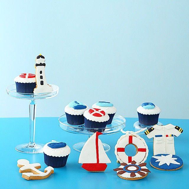 Deniz temali kurabiye ve cupcake topluluğu 😀⛵ #deniz #denizci #marine #konsept #organizasyon #dogumgunu #pasta #cake #cupcake #siparis #ozel #kisiyeozel #tasarim #tasarimkurabiye #tasarimpasta #kesfet #followme #takipet #blue #mavi #deniz #yelken