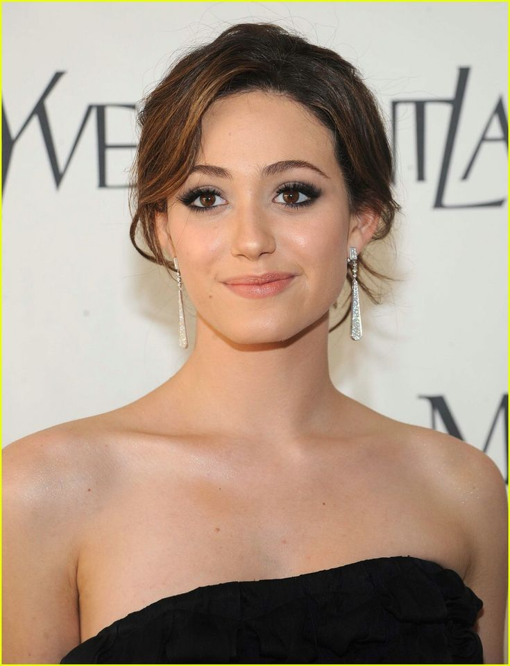 Emmy Rossum Hits the Right Note at the Metropolitan Opera