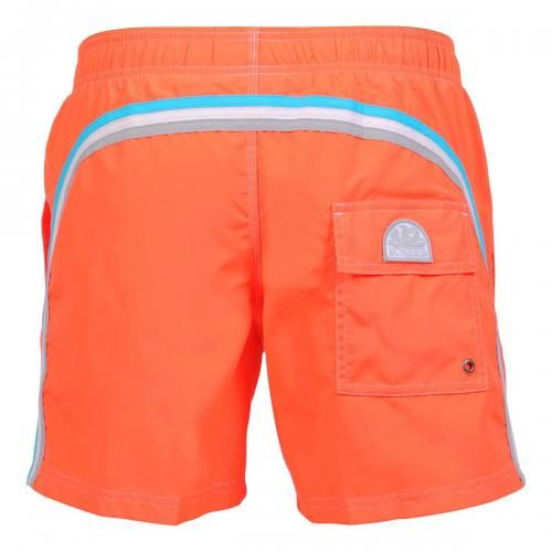 FLUO ORANGE MID-LENGTH ELASTIC WAIST SWIM SHORTS WITH RAINBOW BANDS Fluo orange mid-lenght Boardshorts with the three classic rainbow bands on the back. Elastic waistband with adjustable drawstring. Internal mesh. Two front pockets. A Velcro back pocket. Sundek logo on the back. COMPOSITION: 100% POLYESTER. Our model wears size M he is 189 cm tall and weighs 86 Kg.