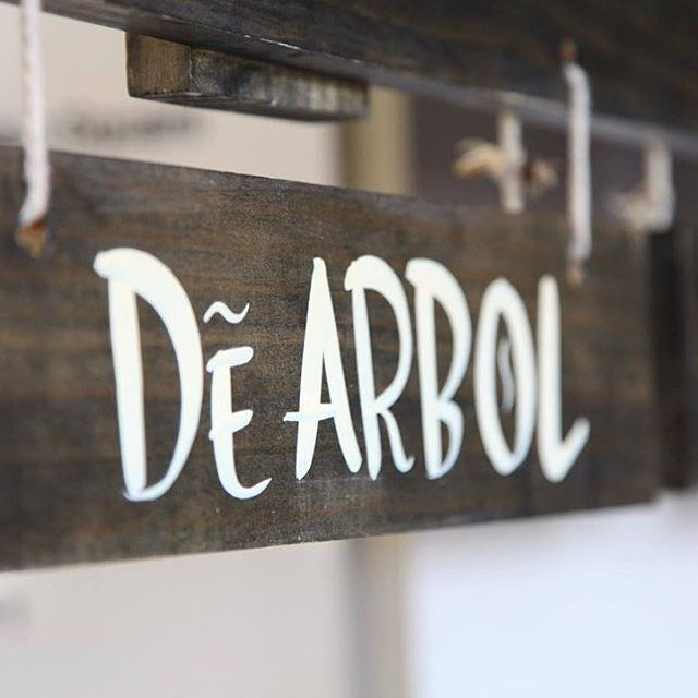 Have you tried our De Arbol yet? It's pretty rad. Even @goodfoodau agreed when they named it Australia's number one hot sauce. If you haven't tried it yet, get down to @thegrounds markets this weekend or visit our website to find your closest retailer.  The red knight. HDC de Arbol makes tacos quiver in their shells. Two kinds of chillies, a healthy dose of vinegar and a fistful of spices combine to produce a classic Mexican red hot-sauce with a bold flavour. It is basically a corn chip's…