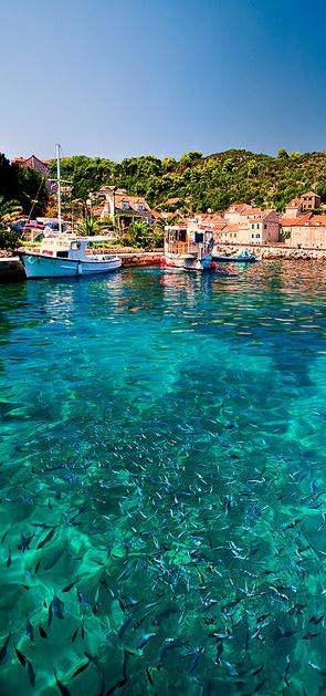 Elafits Island - Croatia. Really really really want to visit Croatia!