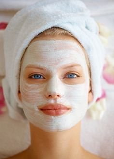 Gesichtsmasken gegen Pickel selber machen › 10 gute Rezepte!