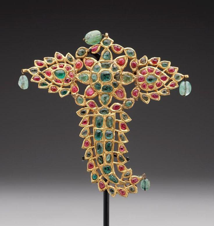 India | Turban ornament | Gold, enamel, rubies and emeralds | 18th century.