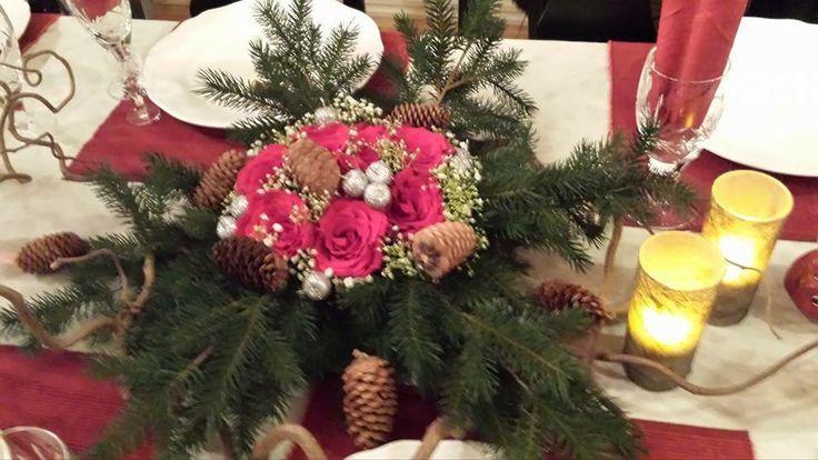 Oppsats av Kristine som har gått vg1 design og håndverk. Hun går nå på vg2 blomsterdekoratør på Holtet videregående skole http://www.holtet.vgs.no/tilbud/