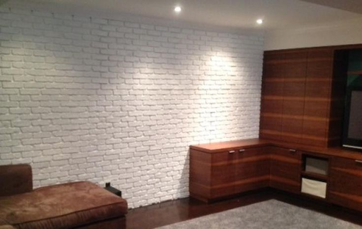 Polyurestone.com - faux brick wall panels, lightweight, easy-install, interior, exterior