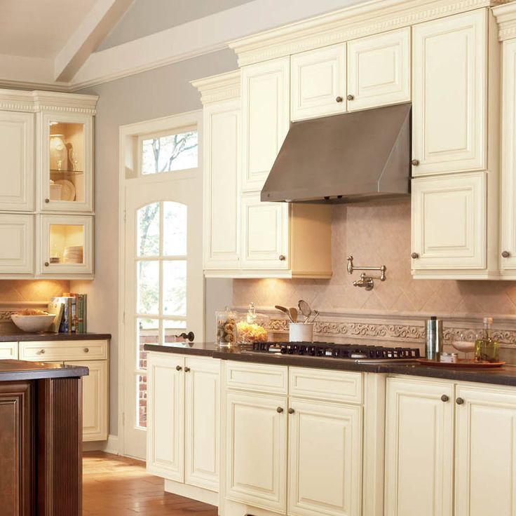 Shop Shenandoah Mckinley 14.5 In X 14.5625 In Butterscotch Glaze Square  Cabinet Sample At Lowes.com | Home | Pinterest | Kitchens, Colonial Kitchen  And ...
