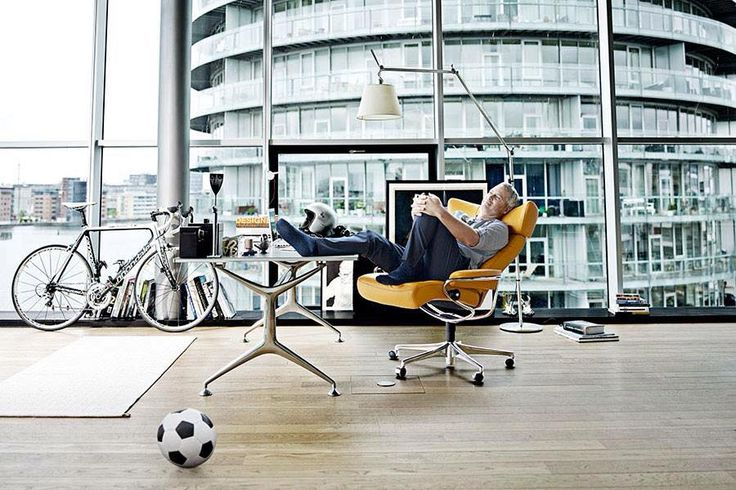 Sitting makes all the difference. Ekornes Stressless #yyc #airdrie #yycliving