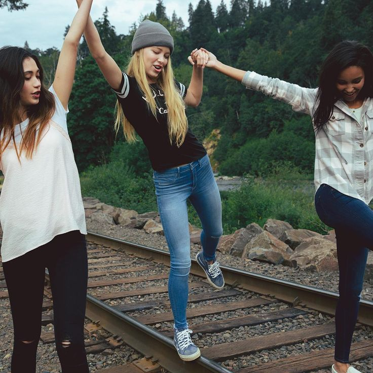 Friends don't let friends wear anything but #HCoAdvancedStretch!
