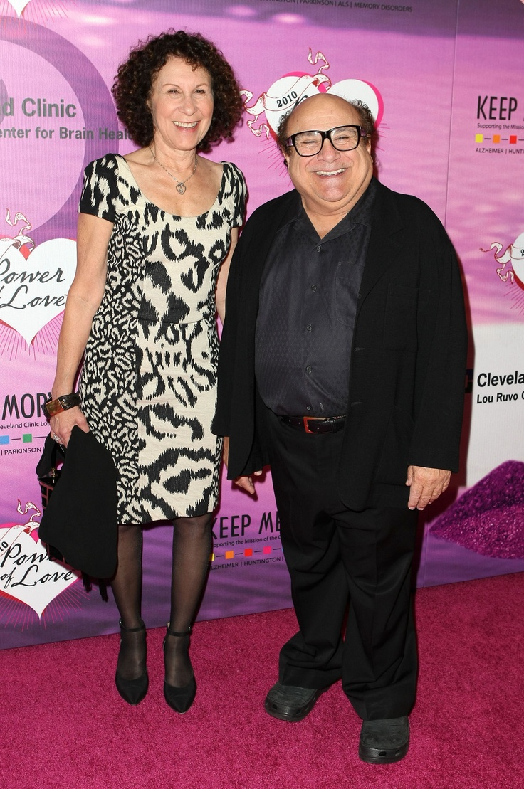 Danny DeVito and Rhea Perlman are each 5 feet tall.