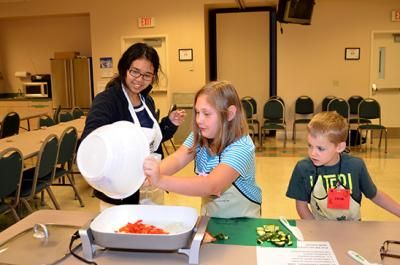 UK extension serves up successful cooking program | UK College of Agriculture News